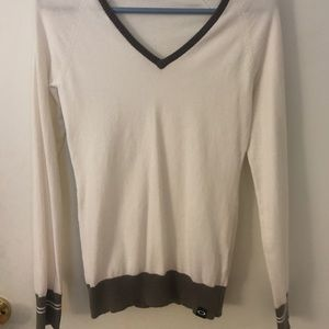 White sweater from Oakley